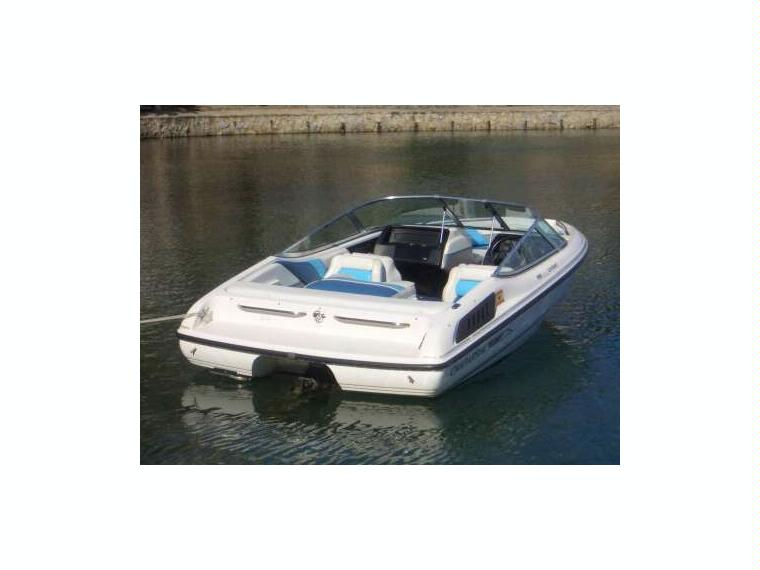 Chaparral 180 SL/sea ray/glastron/rinker/sessa/bay in Club