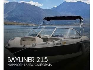Bayliner 215