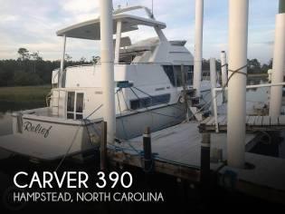 Carver 390 Aft Cabin