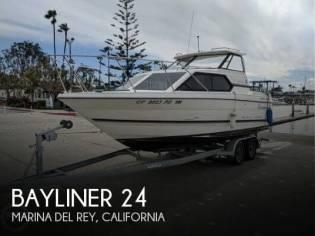 Bayliner 24