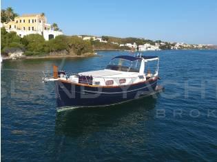 Menorquin Yacht 100 Open