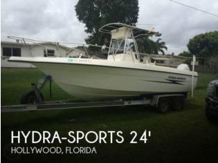 Hydra-Sports 230 Center Console