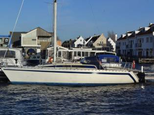 Beneteau First 32
