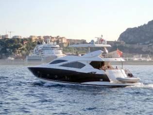 Sunseeker 82 Yacht