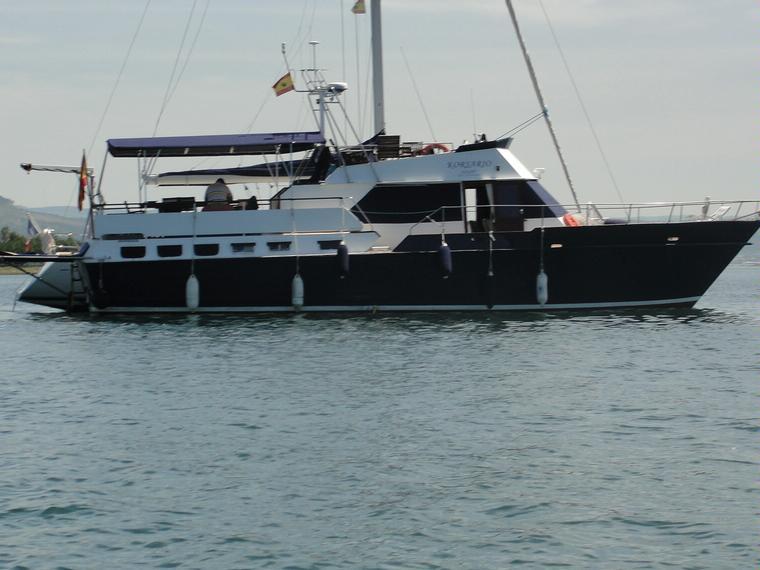 BURGAGE ONE DESIGN 17M TRAWLER in Puerto Punta Lagoa   Power boats