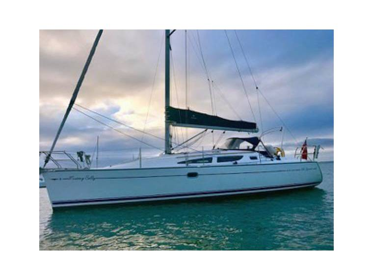 Jeanneau Sun Odyssey 35 Lifting Keel In Hampshire Sailing Cruisers