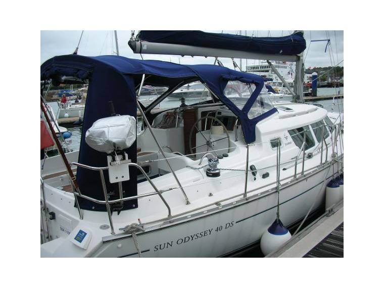Jeanneau Sun Odyssey 40 Ds In Hampshire Sailing Cruisers Used