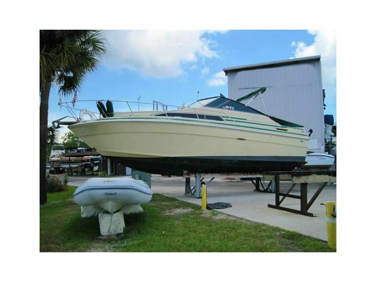 1984 Sea Ray 260 Sundancer in Florida   Cruisers used 50541