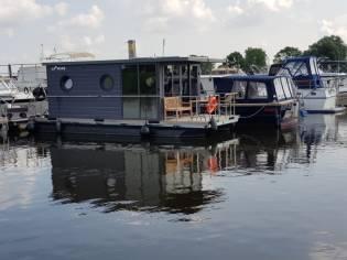 La Mare Houseboat Apartboat M