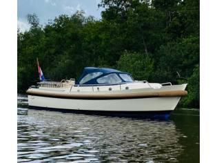 Interboat Intercruiser 27