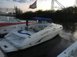 2001 Rinker Captiva 232 Cuddy cabin boat