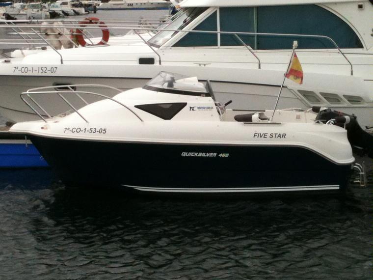 quicksilver 460 cruiser in sadamar puerto deportivo