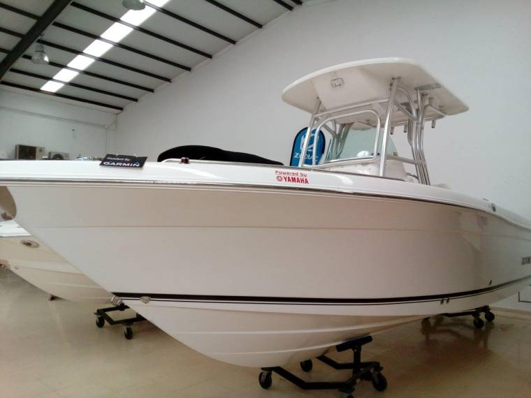 Robalo 260 new for sale 53555 new boats for sale inautia for Robalo fish in english