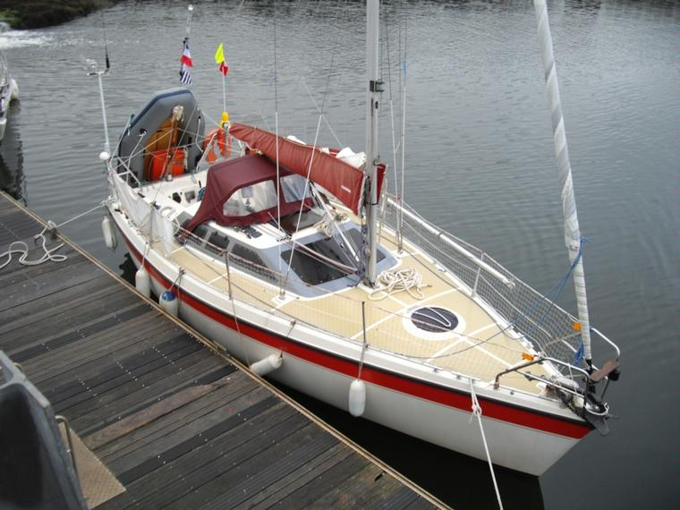 etap 28i in port de plaisance de lorient