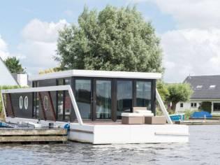 Nautic Green Parcs Houseboat Green Cat 1500