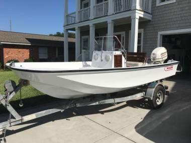 Restored Boston Whaler 17 Montauk in Florida | Open boats