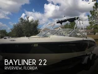 Bayliner 225 BR Flight Series F22