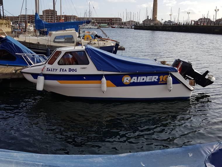 Raider 16 Cuddy