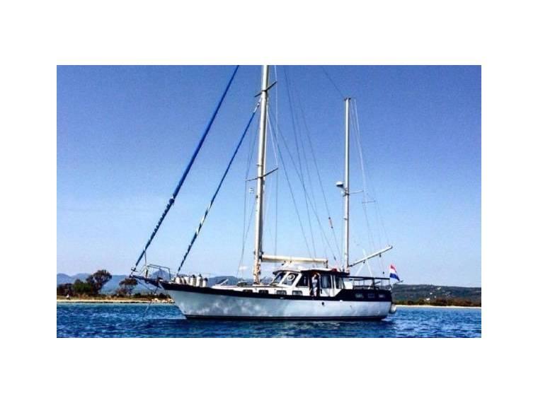 Nauticat 44 in Greece | Motorsailers used 95199 - iNautia