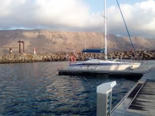 Maxi Yacht 840