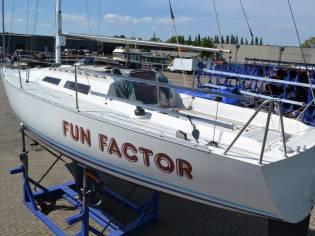FF 95   Build At F & F  Boats FF95
