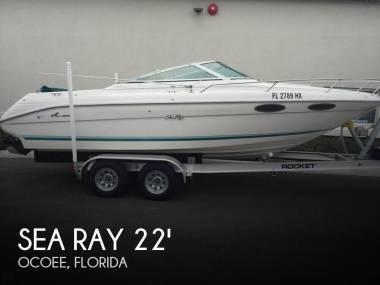 Sea Ray 220 OV Signature Select in Florida | Speedboats used