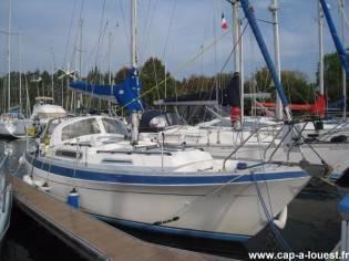 Marine Projects Moody 33 MK2