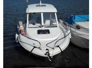 JEANNEAU >> Merry Fisher 585