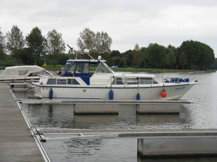 Moonraker 36 Softrider in Noord-Brabant | Cruisers used