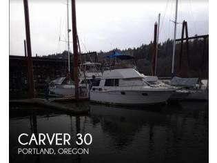 Carver 3007 Aft Cabin