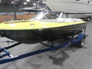 Larson Speedboot