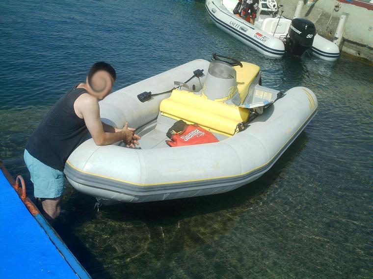 zodiac projet in alicante inflatable boats used 55685 inautia. Black Bedroom Furniture Sets. Home Design Ideas