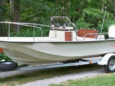 Boston Whaler 17 Montauk in Tuscany | Open boats used 54995 - iNautiaiNautia