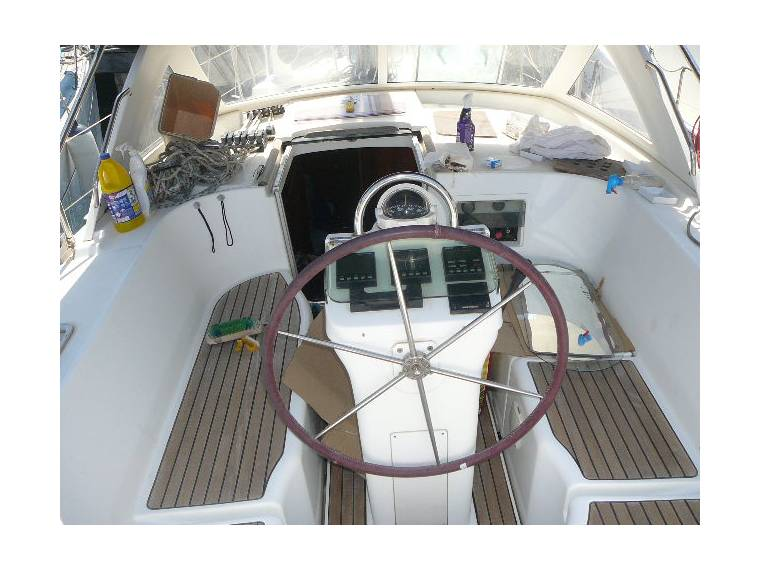 Beneteau Oceanis 40 CC in Port Olímpic | Sailing cruisers ...