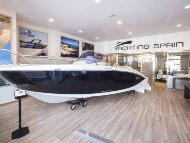 yachtingspain-58560120180555697049686567554567.jpg Photos 1