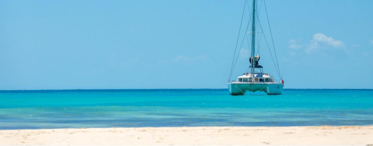 Indigo Yachting Photo 1