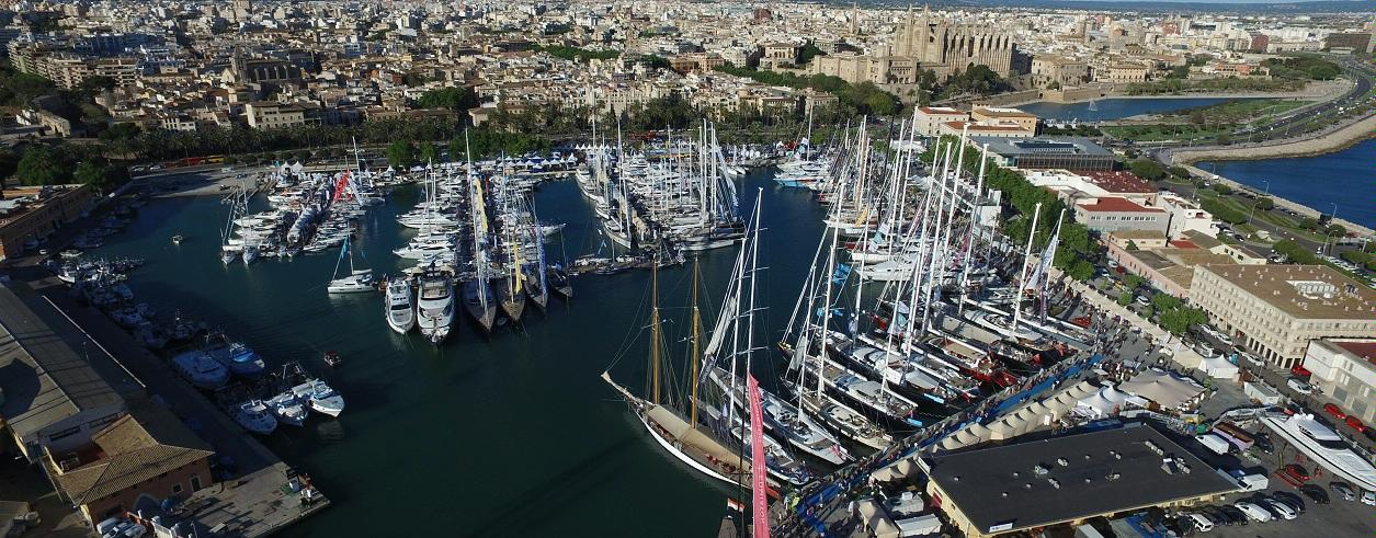 Maritimo Yachts Photo 3