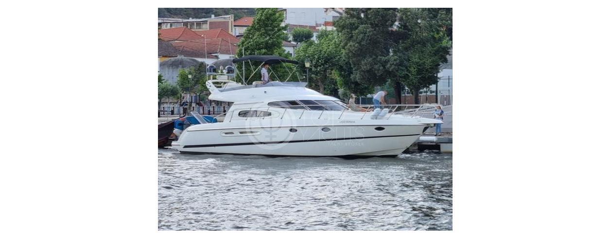 Top Yachts Photo 1