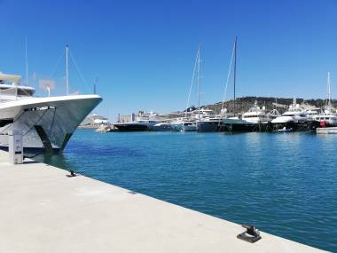 marina-vela-barcelona-31032060200957556767487065694557.jpg Photos 1