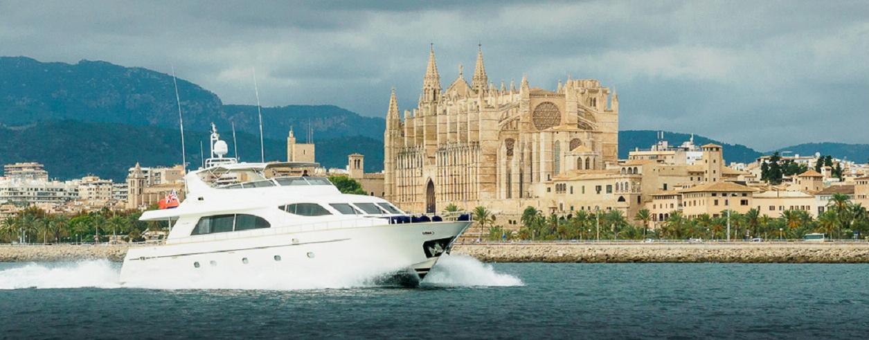 Maritimo Yachts Photo 1