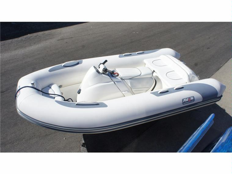 Inflatable Boat: Avon Inflatable Boat