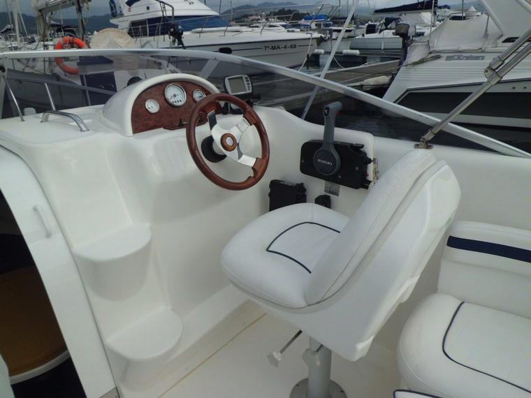 rio 600 cruiser fb in pto dptivo baiona speedboats used 70696 inautia. Black Bedroom Furniture Sets. Home Design Ideas