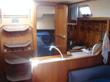 BAVARIA 350 C | Photos 9 | Sailboats