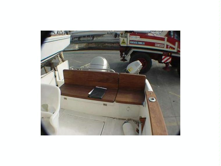 rio 600 fisherman in majorca power boats used 50565 inautia. Black Bedroom Furniture Sets. Home Design Ideas