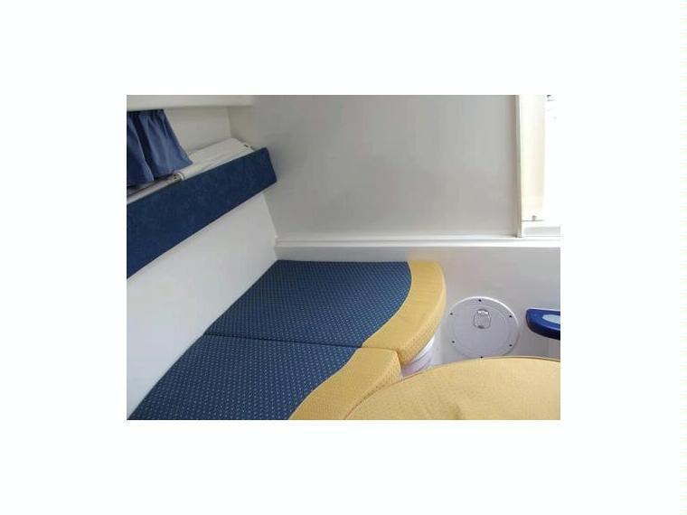 rio 600 cruiser in alicante power boats used 51565 inautia. Black Bedroom Furniture Sets. Home Design Ideas