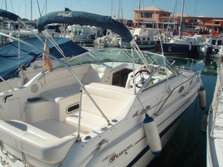 Sea ray 240 sundancer in cn villa san pedro speedboats for Ecksofa 240 x 240