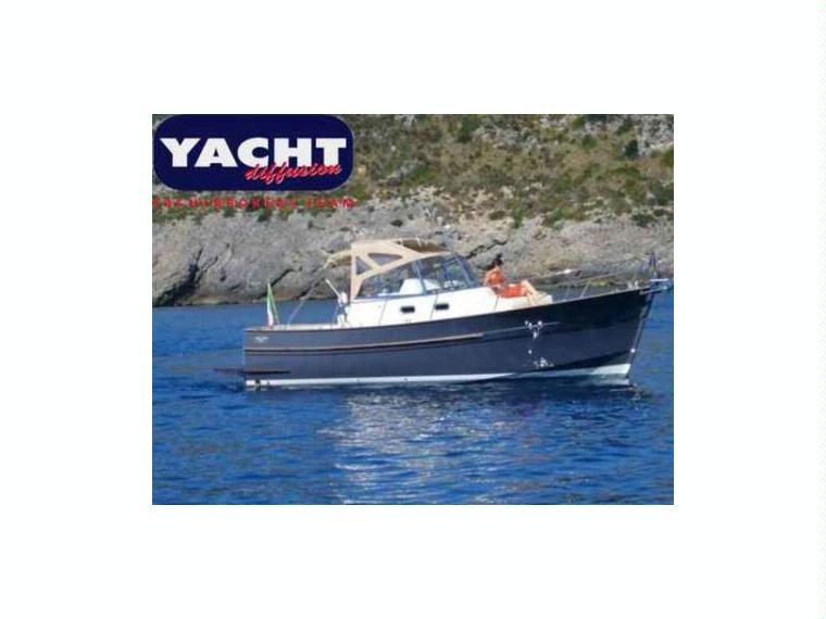 rhea marine 850 open in tuscany power boats used 15110 inautia. Black Bedroom Furniture Sets. Home Design Ideas