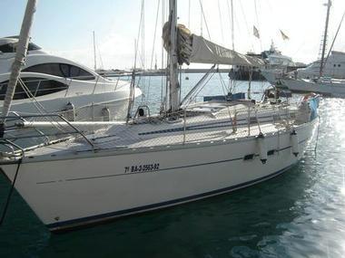 BAVARIA 350 C | Photos 12 | Sailboats
