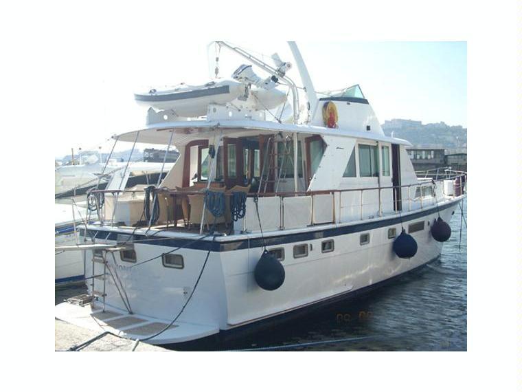 Hatteras 53 Motor Yacht In Italy Motoryacht Used 02541