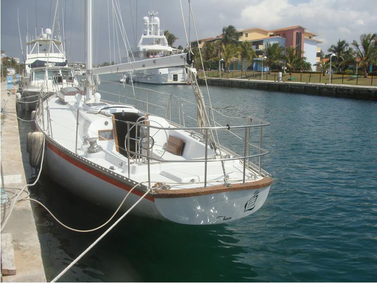morgan 45 in la habana sailboats used 69565 inautia. Black Bedroom Furniture Sets. Home Design Ideas